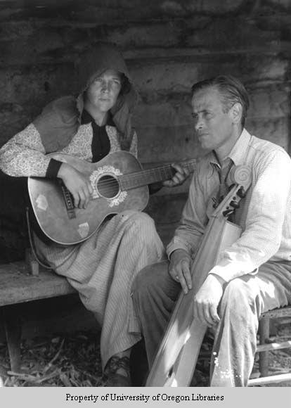 Anner Owenby with guitar, John Jacob Niles with dulcimer